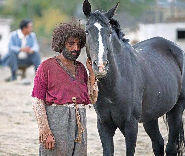 Mucize (Mahsun Kırmızıgül) Filmi ve Aziz (Mert Turak) Rolü